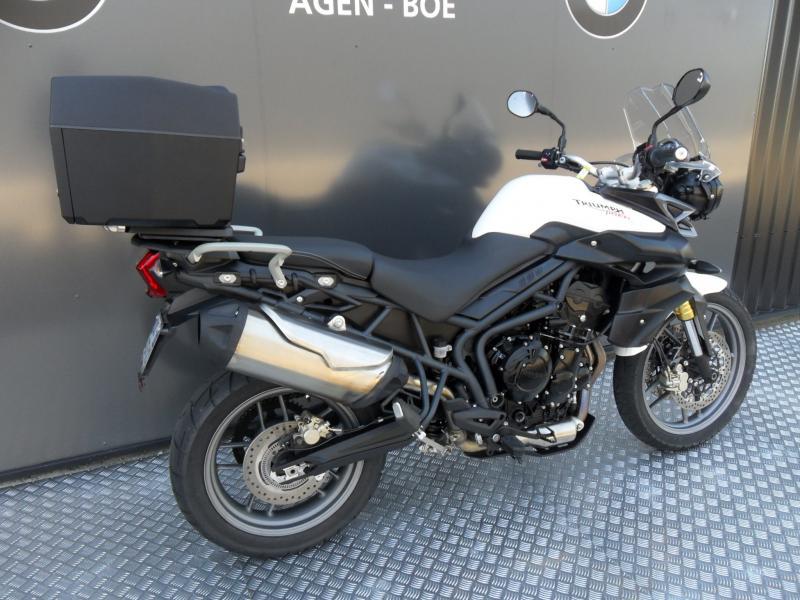 motos d 39 occasion challenge one agen triumph tiger 800 abs accessoires. Black Bedroom Furniture Sets. Home Design Ideas