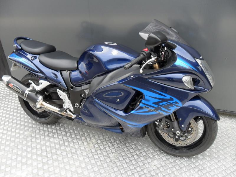 motos d 39 occasion challenge one agen suzuki 1340 gsxr hayabusa 2011. Black Bedroom Furniture Sets. Home Design Ideas