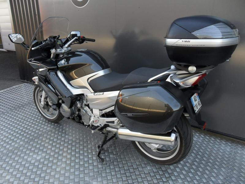 motos d 39 occasion challenge one agen yamaha 1300 fjr abs 2010 bagagerie. Black Bedroom Furniture Sets. Home Design Ideas