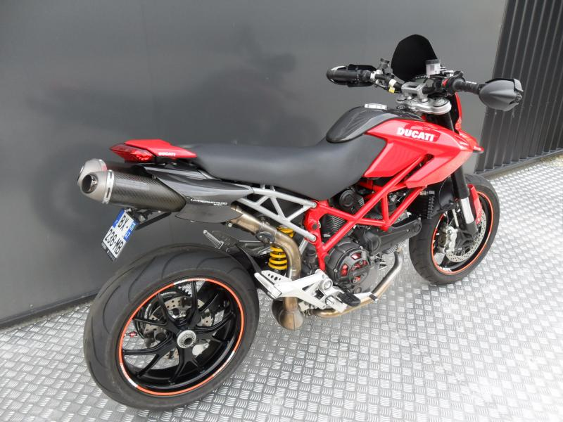 motos d 39 occasion challenge one agen ducati hypermotard 1100 evo 2011. Black Bedroom Furniture Sets. Home Design Ideas