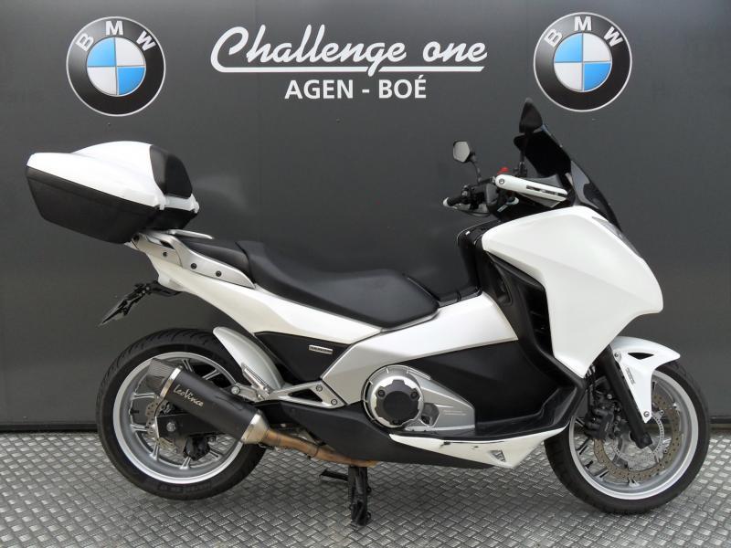 motos d 39 occasion challenge one agen honda 700 integra. Black Bedroom Furniture Sets. Home Design Ideas